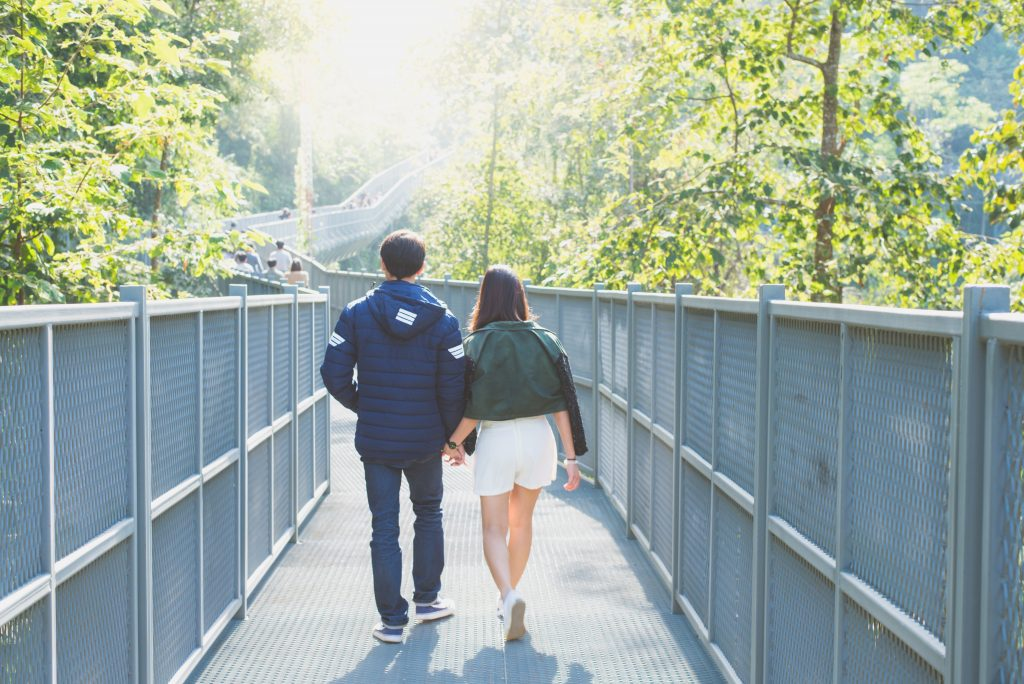9 Ways to Start Opening Up to Her and Bring Your Wall Down